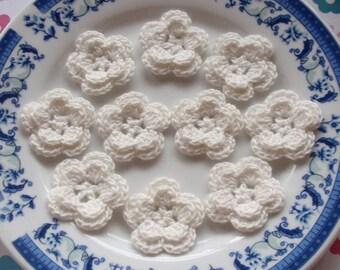 10 Crochet Flowers In Off White YH-030-04