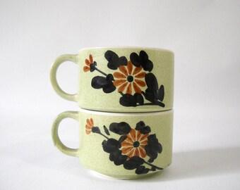 Set of 2 vintage stacking soup mugs / latte mugs
