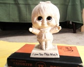 """Vintage  Russ Berrie """"I Love You This Much"""" Big Eyed Little Girl Figurine"""