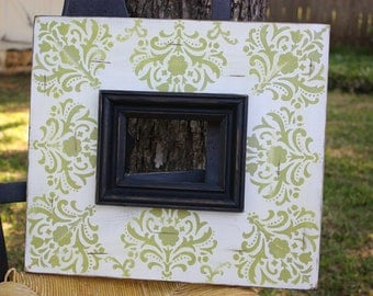 distressed damask picture frame 4x6 white & leaf green with black trim