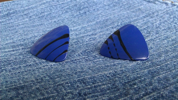 Vintage 1980s Triangle Electric Blue & Black Earrings