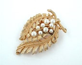 Gold Tone Nature Inspired Vintage Brooch Faux Pearls Feather Ferns and Leaves