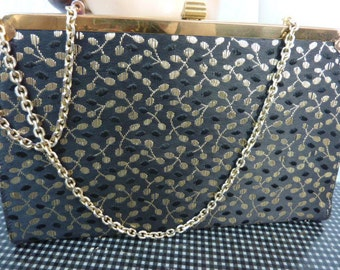 VINTAGE REVERSIBLE SIGNED black and gold crepe fabulous purse.