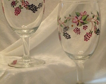 BERRIES AND BLOSSOMS glasses, set of four