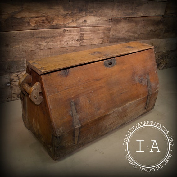 Vintage Industrial Carpenter S Tool Box Wooden Chest