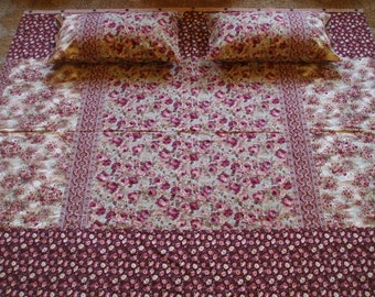 Cottage with Rose Buttons - King Duvet Set