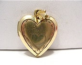 Vintage Gold Filled Locket Heart with Heart Design and Pix Inside 17 x 20 mm 3.8 grams  #101