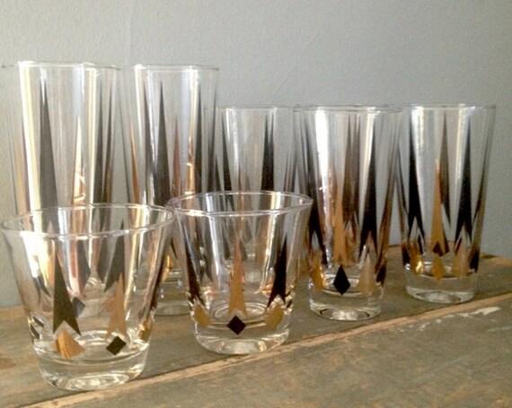 Mid-Century Modern Black and Gold Diamond Cocktail Glasses