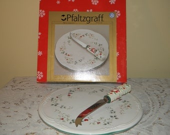 Pfaltzgraff Winterberry Cheese Tray with Knife