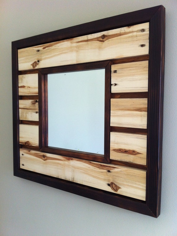 miroir mural bois de palettes r cup r es. Black Bedroom Furniture Sets. Home Design Ideas