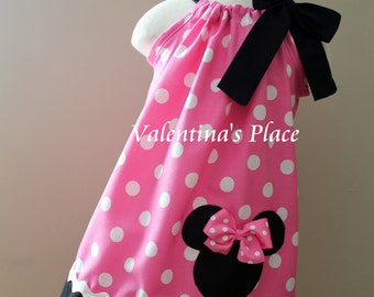 Beautiful Minnie Mouse in pink pillowcase dress.