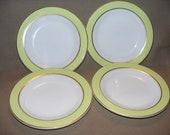 Vintage pyrex dessert plates set of 4    Free Shipping