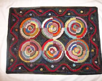 "Hand hooked wool rug 21""X30"""