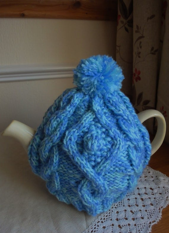 Hand Knitted Tea Cosy Patterns : Hand knitted aran tea cosy