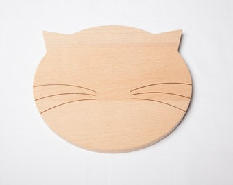 wooden breadboard bread cat