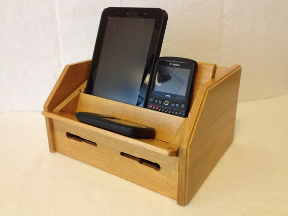 Gift Under 50 Cell Phone Charging Station For Ipod Ipad