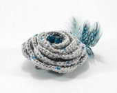 Crochet Flower Brooch - Light Grey
