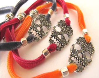 Strass Skull with Velvet Bracelet