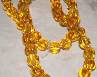 25 Czech Honey Yellow Glass Fluted 8MM