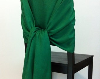 GREEN PASHMINA, Green Pashmina Scarf, Green Pashmina Shawl, Wedding Shawl, Pashmina Wrap, Bridesmaid Shawl, Wedding Favors, Chair Covers