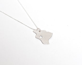 i heart Hawaii Necklace Big Island - Silver - Hawaii State Necklace Hawaii Pendant State Love Necklace State Charm Map Jewelry I Love Hawaii