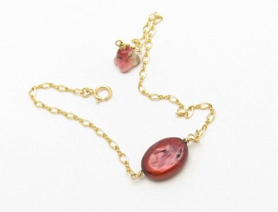 Pearl Bracelet, Minimal Bracelet, Gold Bracelet, Cranberry Coin Pearl, Flower Charm, 14KT Gold Fill Chain, Hawaiibeads Jewelry