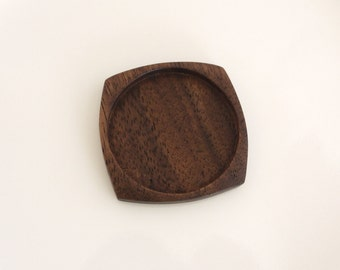 Brooch pendant tray finished hardwood - Walnut - 38 mm cavity - (F0c-W)
