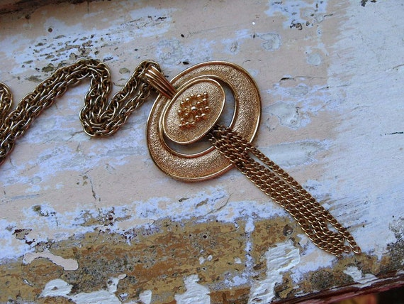 FREE SHIPPING Vintage  Medallion Pendant with Chains Necklace