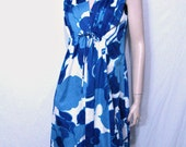 Vintage 70's Maxi Dress/  Blue and White Hawaiian Dress L