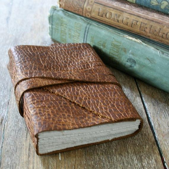 "Leather Journal . Leonardo da Vinci quote & ""Vitruvian Man"" . handmade handbound . distressed brown (280 pgs)"