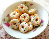 6pcs Donut Colored Sprinkler Collection - White