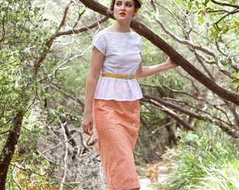 SALE - Pencil Skirt - 'Promenade' in Vintage Apricot