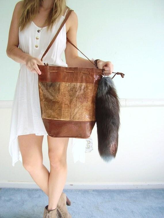 Snakeskin and Leather Vintage 70s Drawstring Cross Body Shoulder Bag Tote