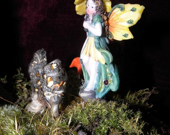 Faerie-Beautiful Whimsical Fairy Statue-Fairy Picks-Garden Lady Fairy-Secret garden Fairies-yellow hat yellow wings