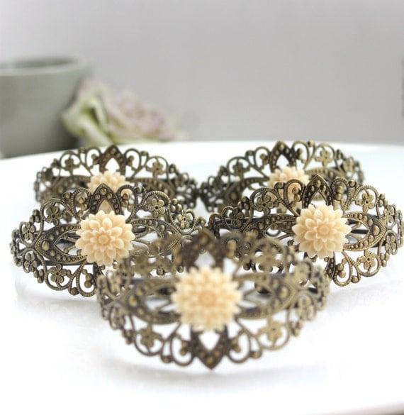 Antiqued Brass Floral Filigree Bracelet, Ivory Dahlia Mum Flower Adjustable Cuff Bracelet. Bridesmaid Gifts. Wedding Cuff. Maid of Honor.