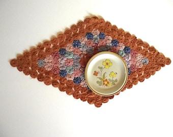 Yoyo Runner Doily  / Vintage 50s Linens Orange Zest / Diamond Shaped