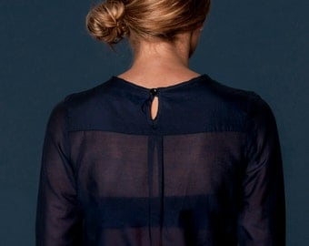 Sheer blouse with two pleats at the neckline - was 135CAD Style : B02AH12