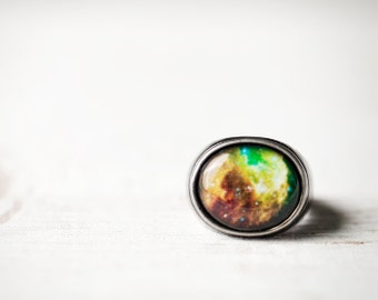 Neon green galaxy ring - Space ring - Green nebula ring - Neon universe ring - Space jewelry - Gunmetal ring - Adjustable ring (R049)
