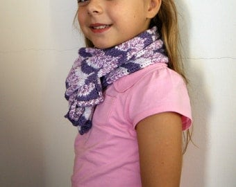 Knitted scarf for girl purple and white