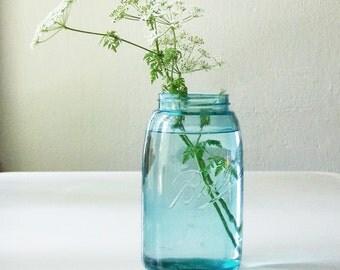 Century Old Quart Jar, wedding vase, Blue Mason Jar