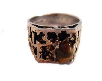 Sterling Brutalist Tiger Eye Ring. Size 8. Vintage 1970s. Slightly Mis-shaped. Very Cool Handwrought Design.