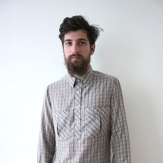 SALE Vintage 70s Plaid Lightweight Collared Work Outdoorsman Shirt // Button Up