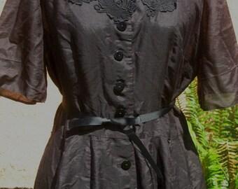 Vtg 60s Black Paisley Floral Lace Applique Princess Seam Button Down  High Waist Full Skirt Shirtwaist Dress larger size