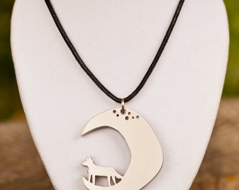 Last Chance // Teen Wolf Necklace // Wolf Moon Necklace
