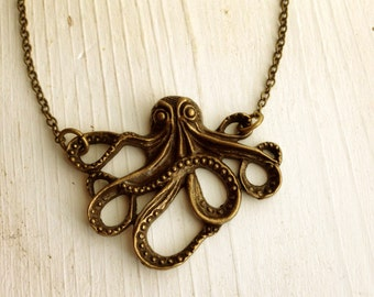 Octopus Necklace in Antique Brass Bronze / Steampunk / Pick Your Length/ Pirate Jewelry Cosplay Costume Cthulhu /  Steampunk