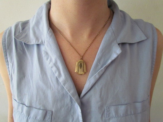 Antique Art Deco Locket C.1930s