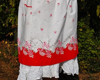 Vintage LONG Half Apron Red and White BRIGHT-- 1940's  Basket of flowers and Pussy Willow