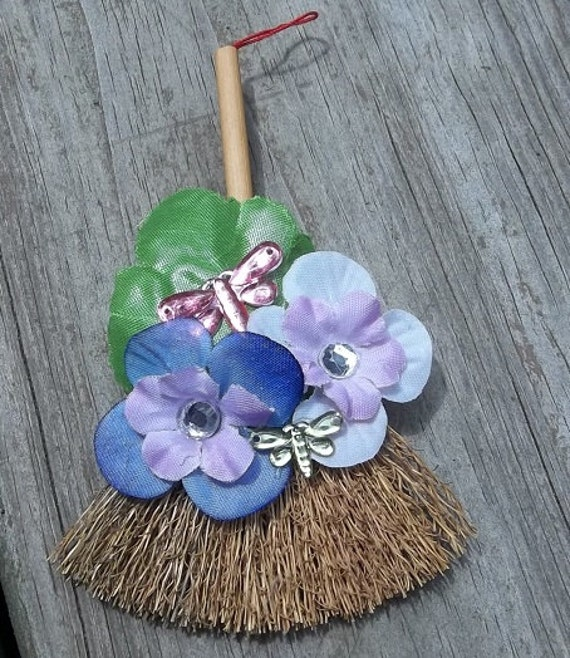 Mini Flower & Dragonfly Broom Magnet Or Ornament.