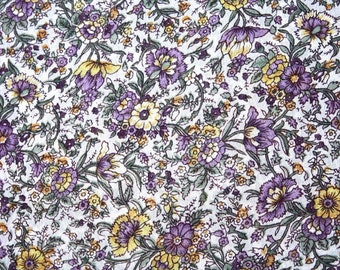William and Morris Style Sheer Floral Fabric by the yard Vintage 1950's // English Countryside Chintz Sewing Supply