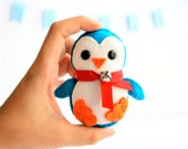 Felt Penguin Ornament, Handmade Felt Baby Chistmas Ornament, Cute Mini Ornament, Home decor A137
